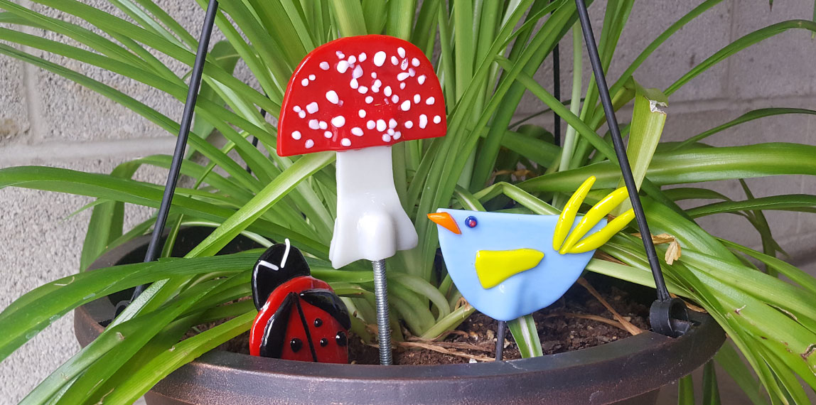 Make fused glass garden stakes at Pittsburgh Glass Center