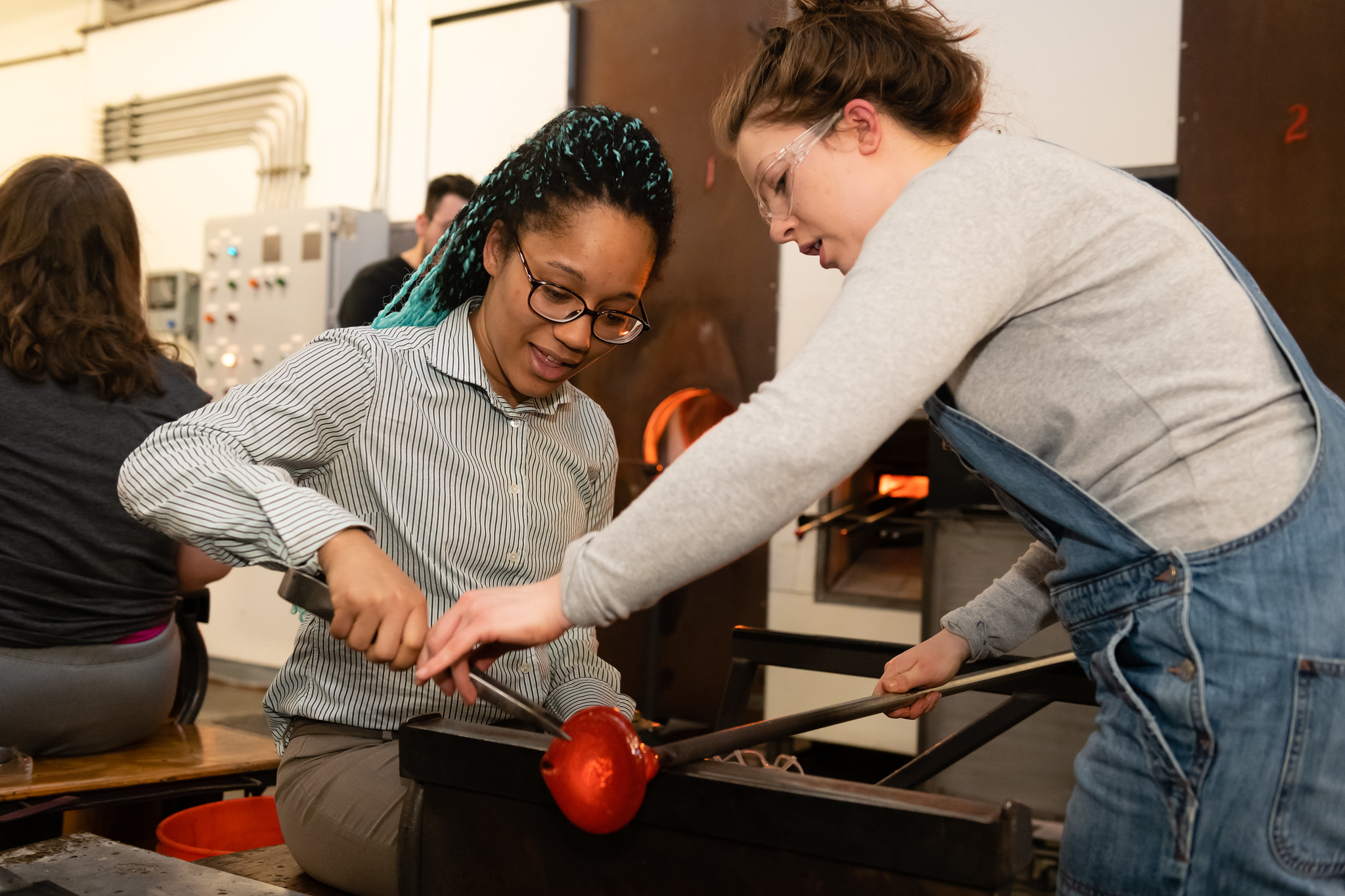Make-It-Now glassmaking experiences at Pittsburgh Glass Center
