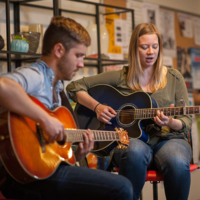 Live music on Date Night at Pittsburgh Glass Center