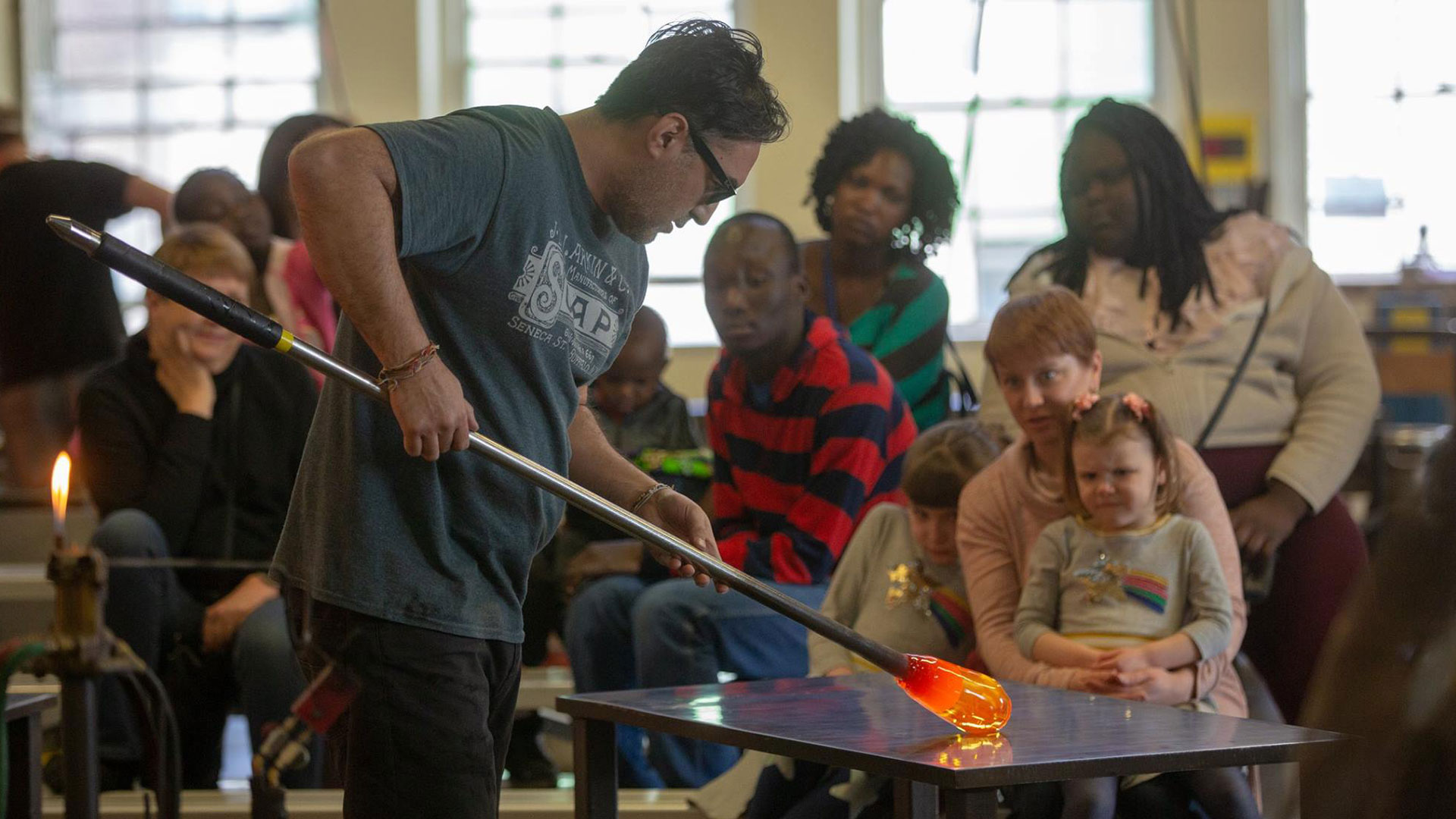 Hello Neighbor participants visit Pittsburgh Glass Center