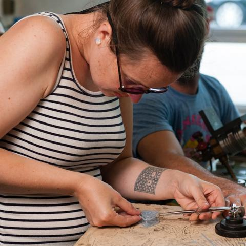 Kit Paulson teaches intensive flameworking course at Pittsburgh Glass Center